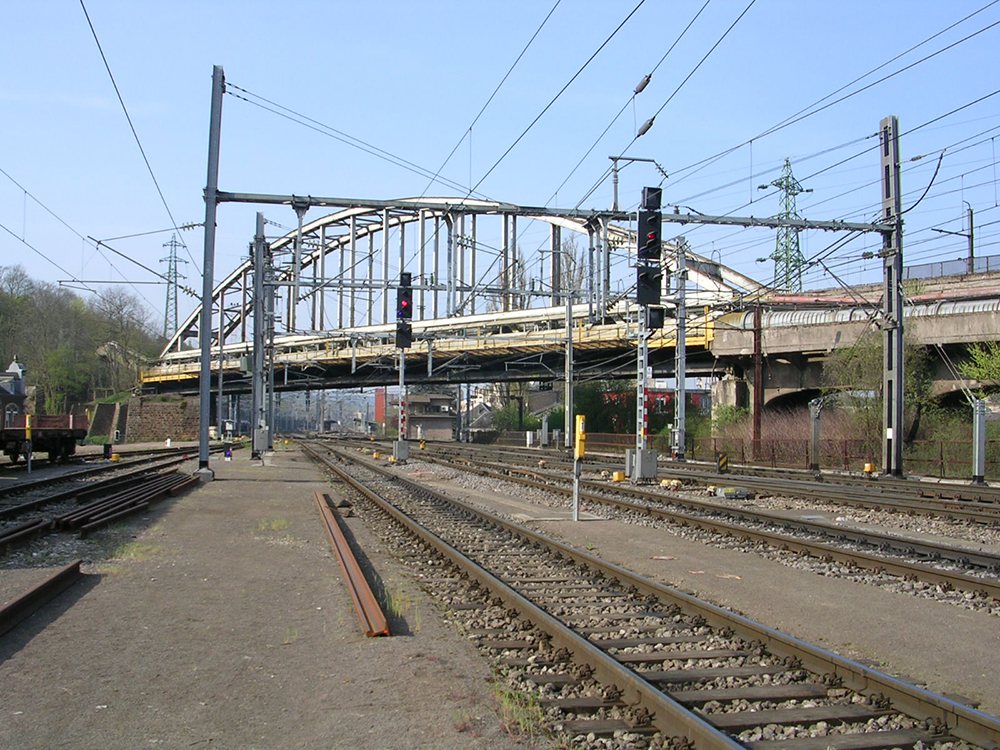 The dismantling of the flying junction situated near Esch/Alzette station is also planned during the track closure
