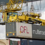 Consequently, lifting 20, 30, 40 or 45-foot containers is child's play for these powerful cranes!