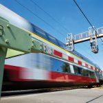 Um die Sicherheit auf dem Schienennetz weiter zu erhöhen und Risiken an Bahnübergängen abzubauen, arbeitet die CFL an Alternativen, wie Unter- und Überführungen für Straßenverkehr und Fußgänger.